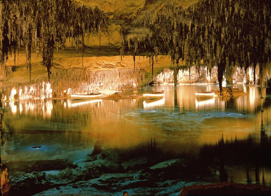 Cuevas_del_Drach